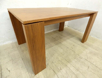 KEVIN(ケビン)150 TABLE