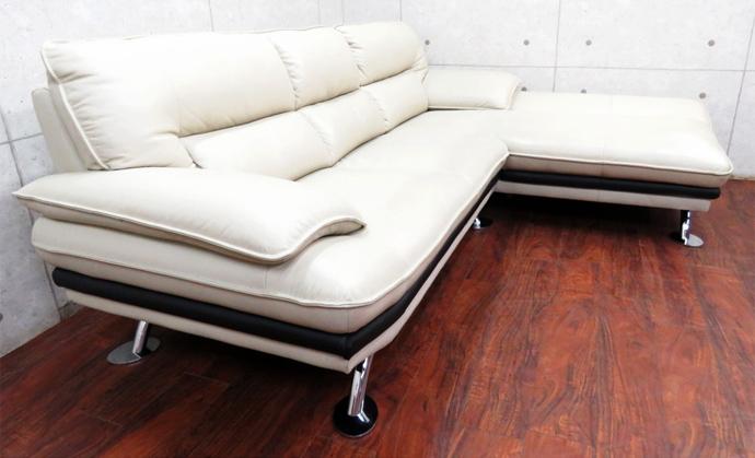 ニトリのソファも実は売れます!買取って貰えるソファや、買取金額アップのコツをご紹介!